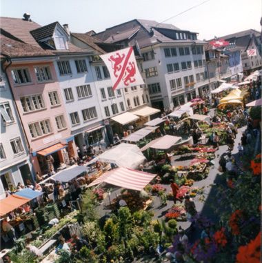 [Translate to Englisch:] Steinberggasse Markt Winterthur